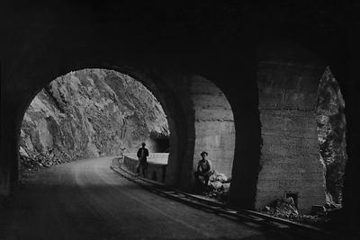 Galleria dei Titani, Archivio fotografico MAG, Fondo Trenti